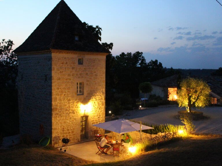 Pigeonnier at night